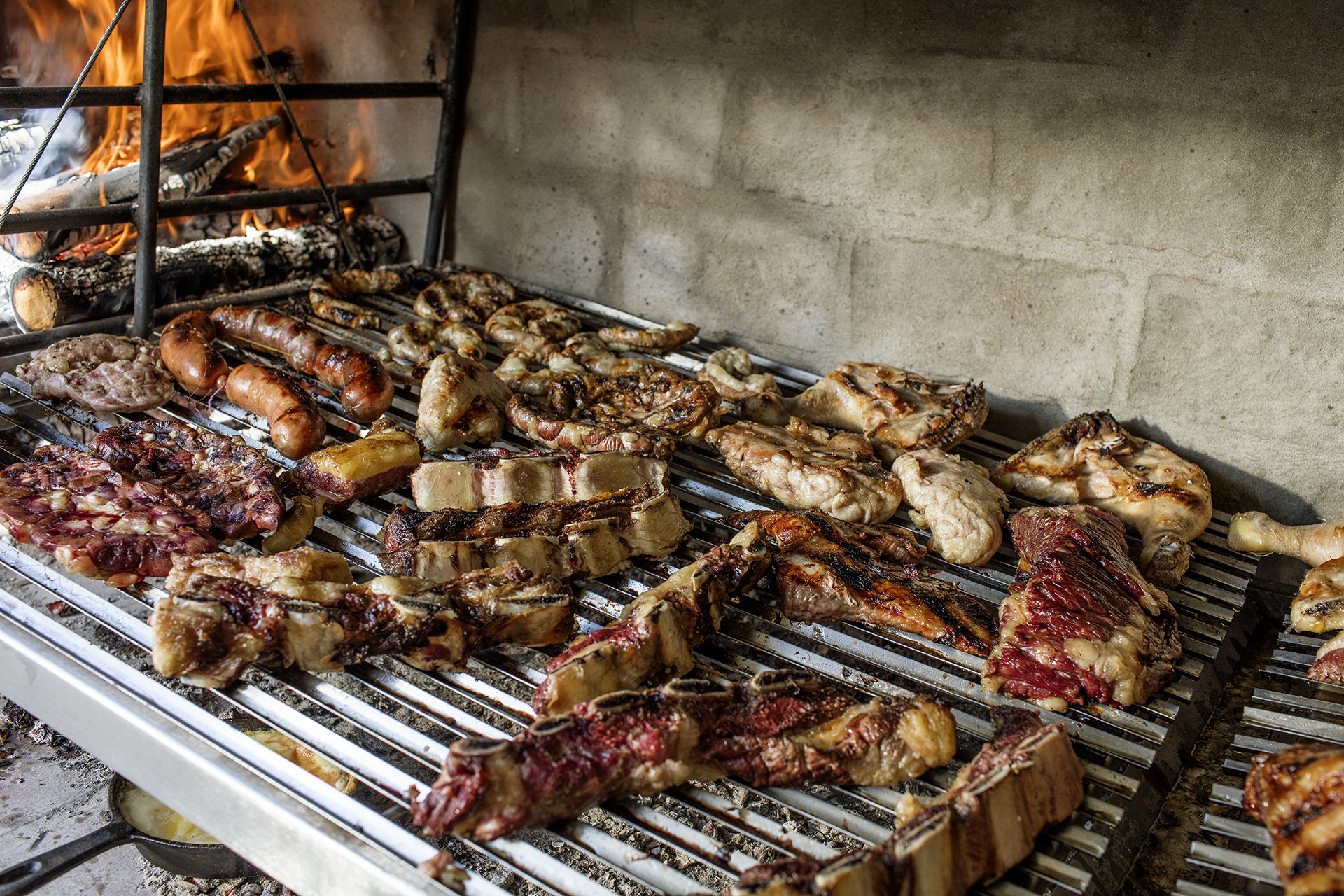 An example of a parrilla